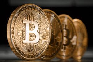 1212 Bitcoin 300x200 El bitcoin o moneda digital: nuevo negocio para paraísos fiscales